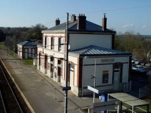 Gare de Chamont en Vexin